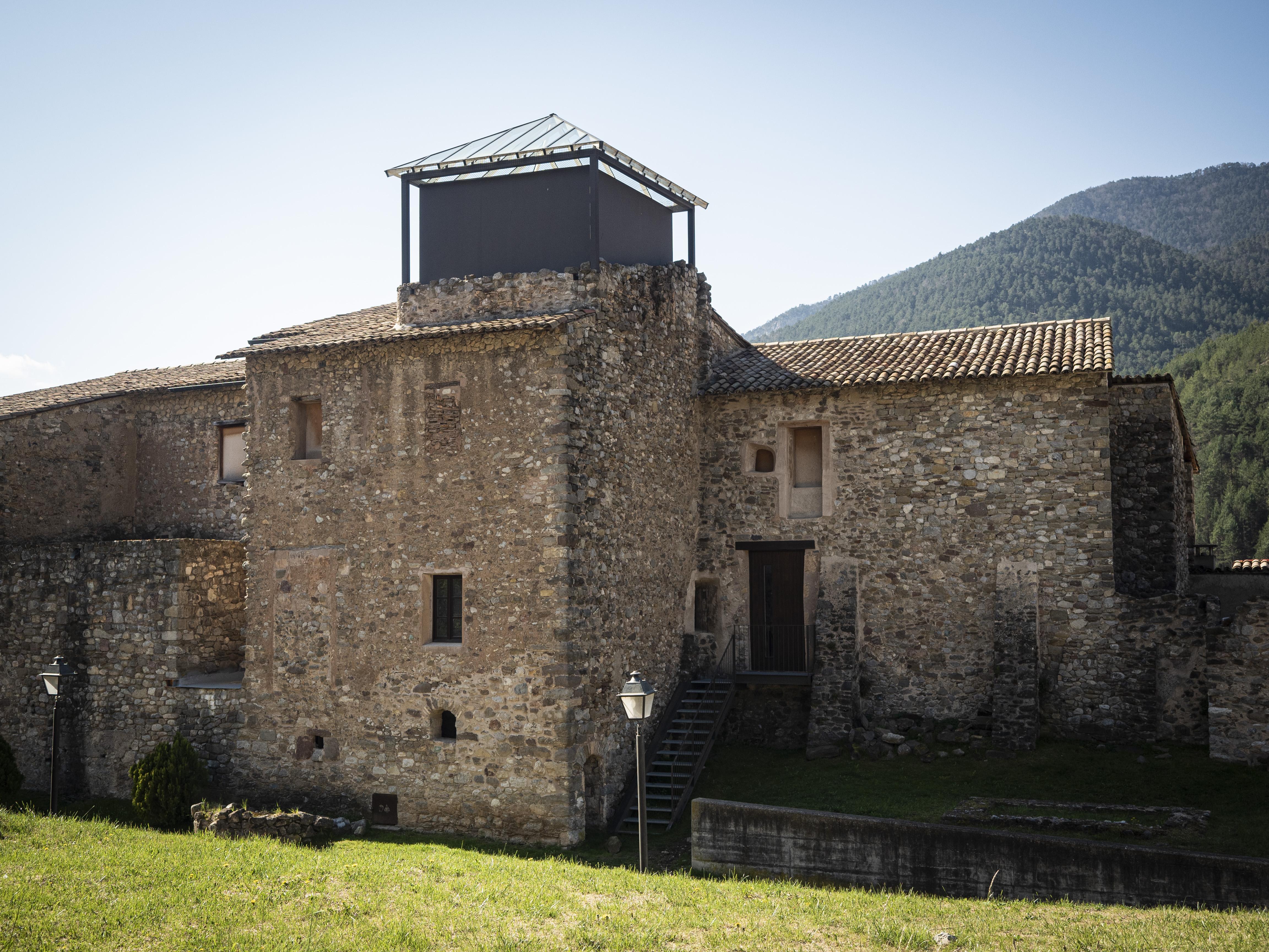 El Palau dels Pinós, actualment acull el Centre Medieval i dels Càtars. FOTO: Anna E. Puig