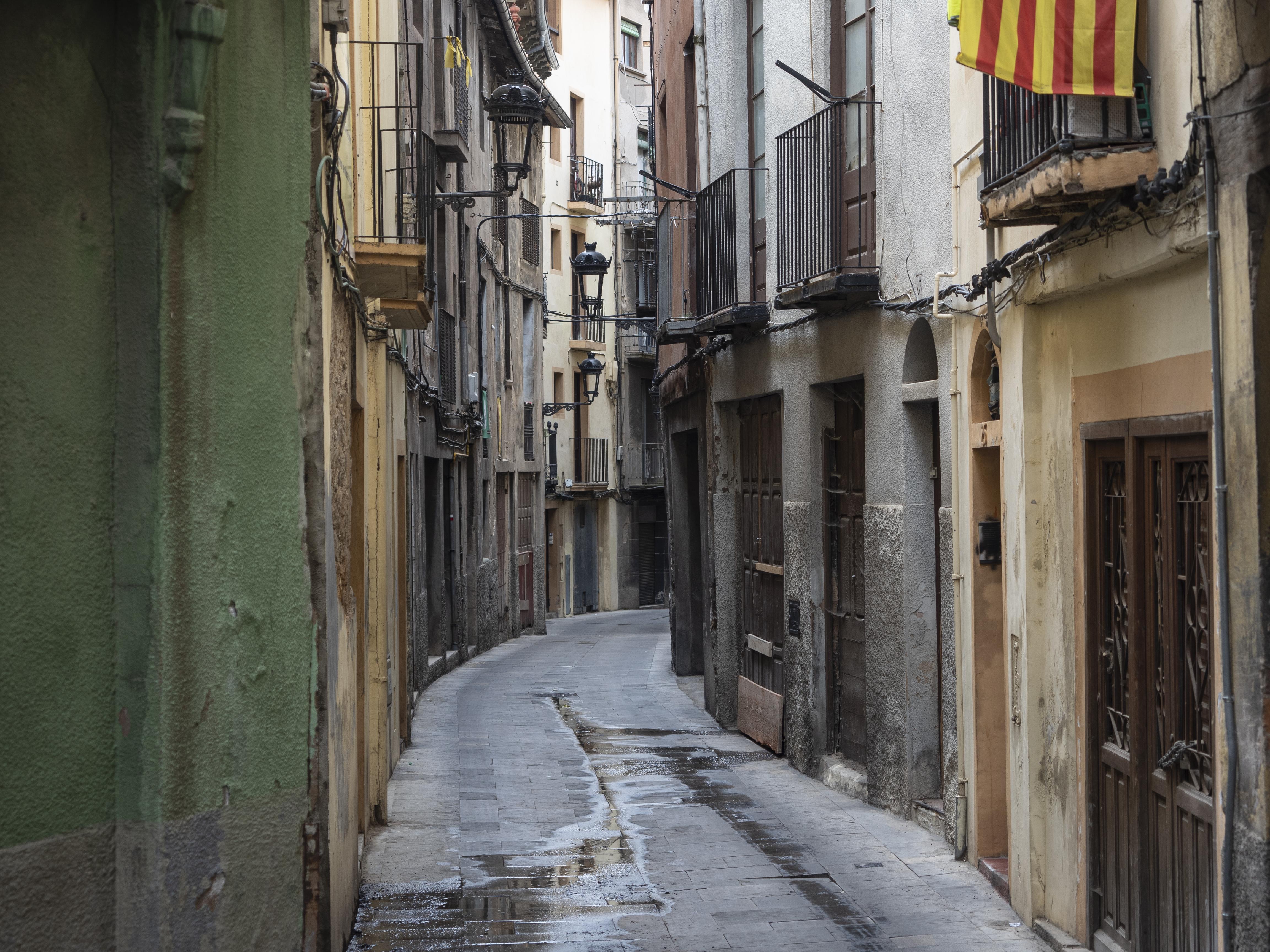 El Carrer Buxadé, un dels camins que porta de la Plaça de Sant Pere a la de Santa Magdalena durant els passacarrers de la Patum. FOTO: Anna E. Puig