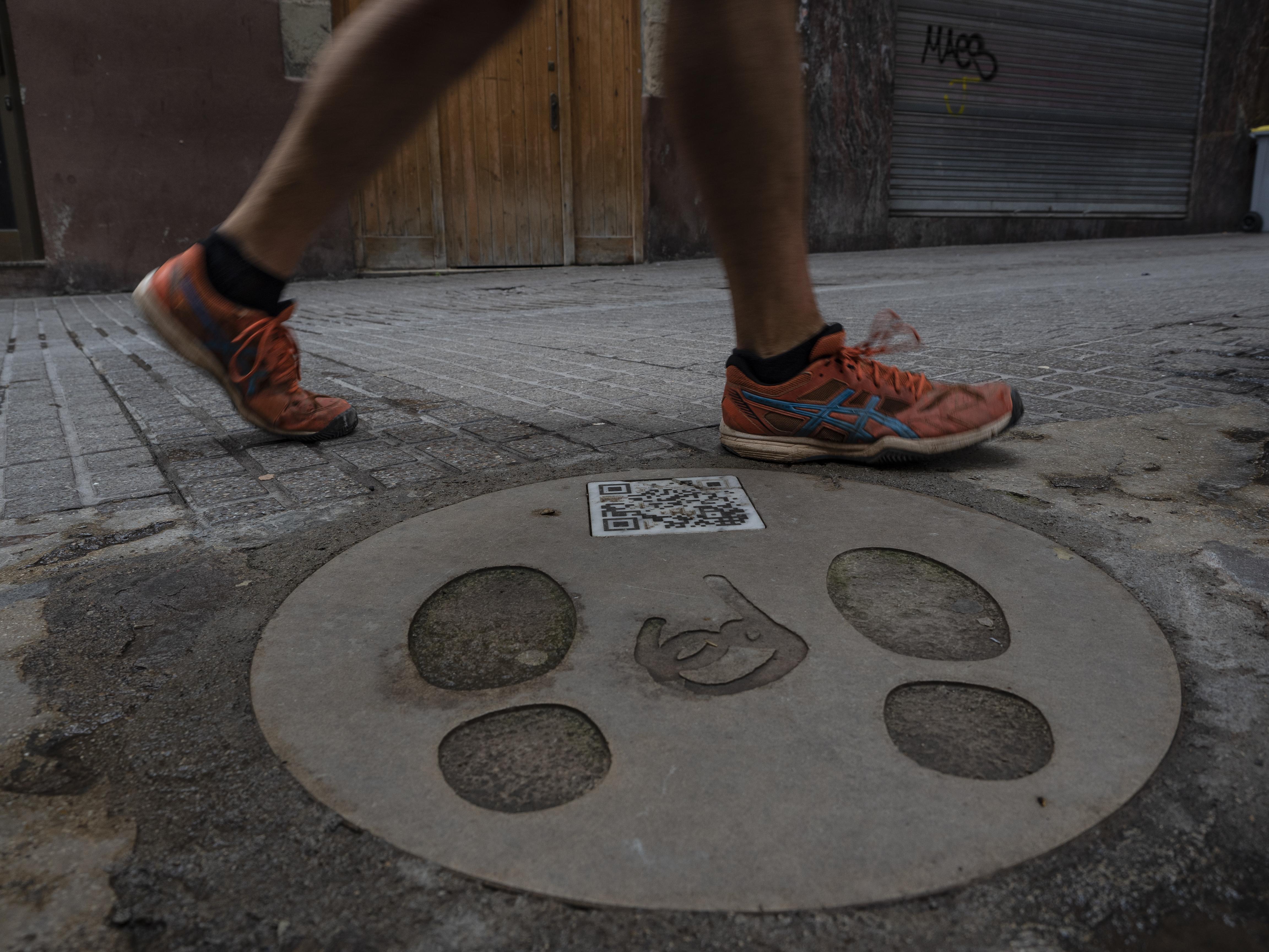 Els carrers del casc antic de Berga són plens de simbologia patumaire. FOTO: Anna E. Puig