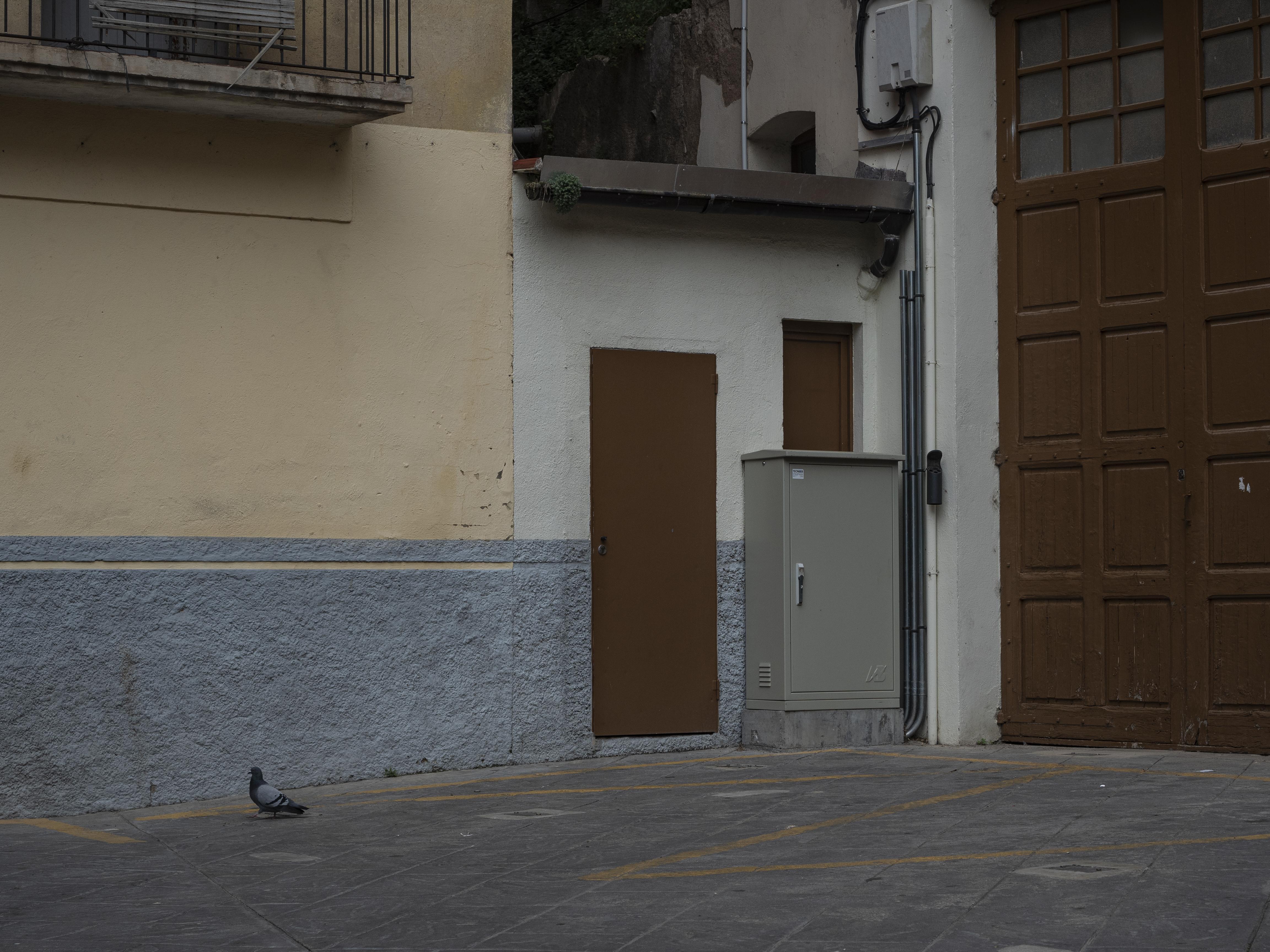 En aquest racó de la Plaça de la Ribera per Corpus s'hi instal·len els vestidors dels Plens. FOTO: Anna E. Puig