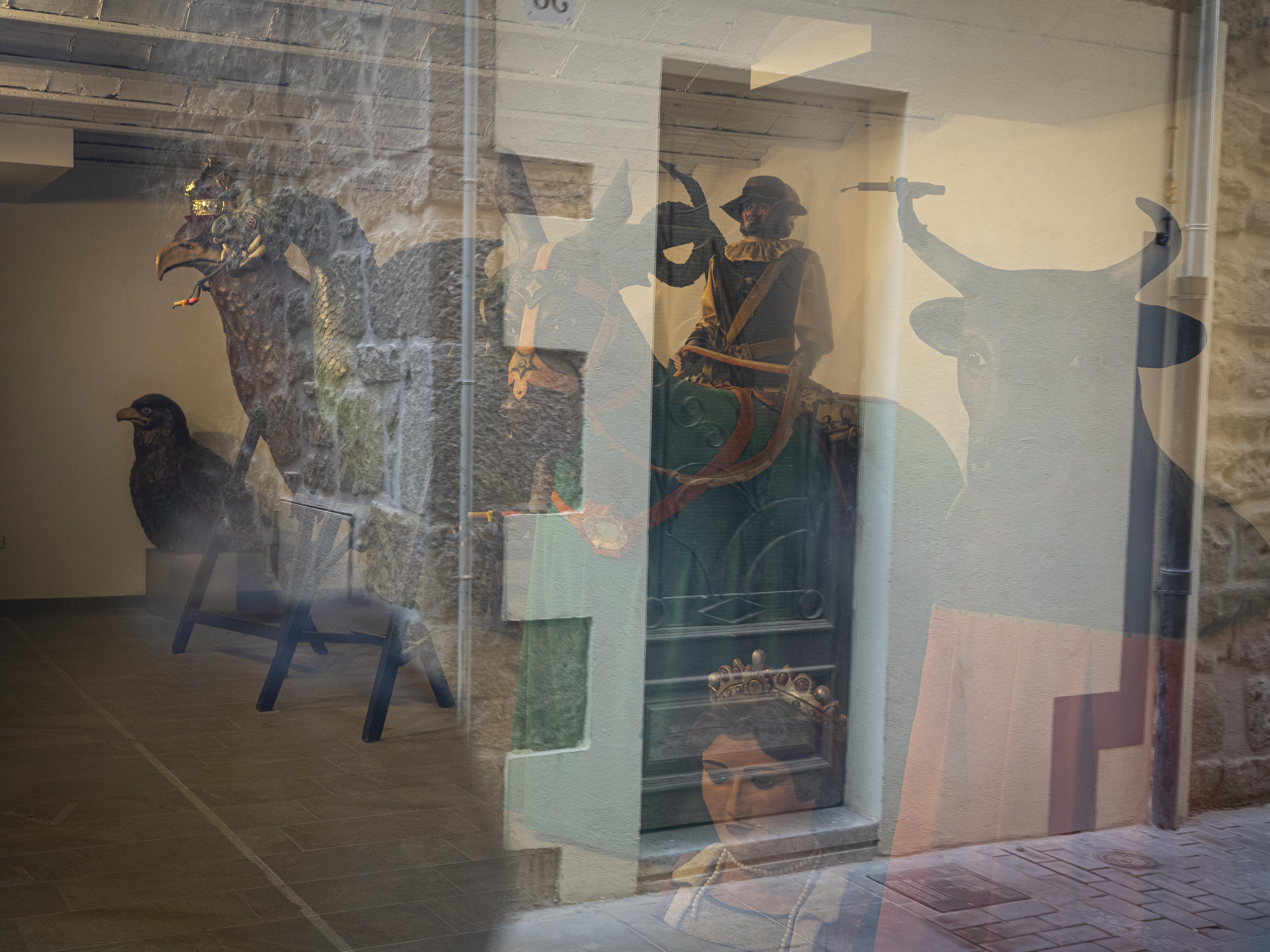 A l'interior del Quarto dels Gegants s'hi guarda tot el bestiari de la Festa Major i el Corpus solsoní. FOTO: Anna E. Puig